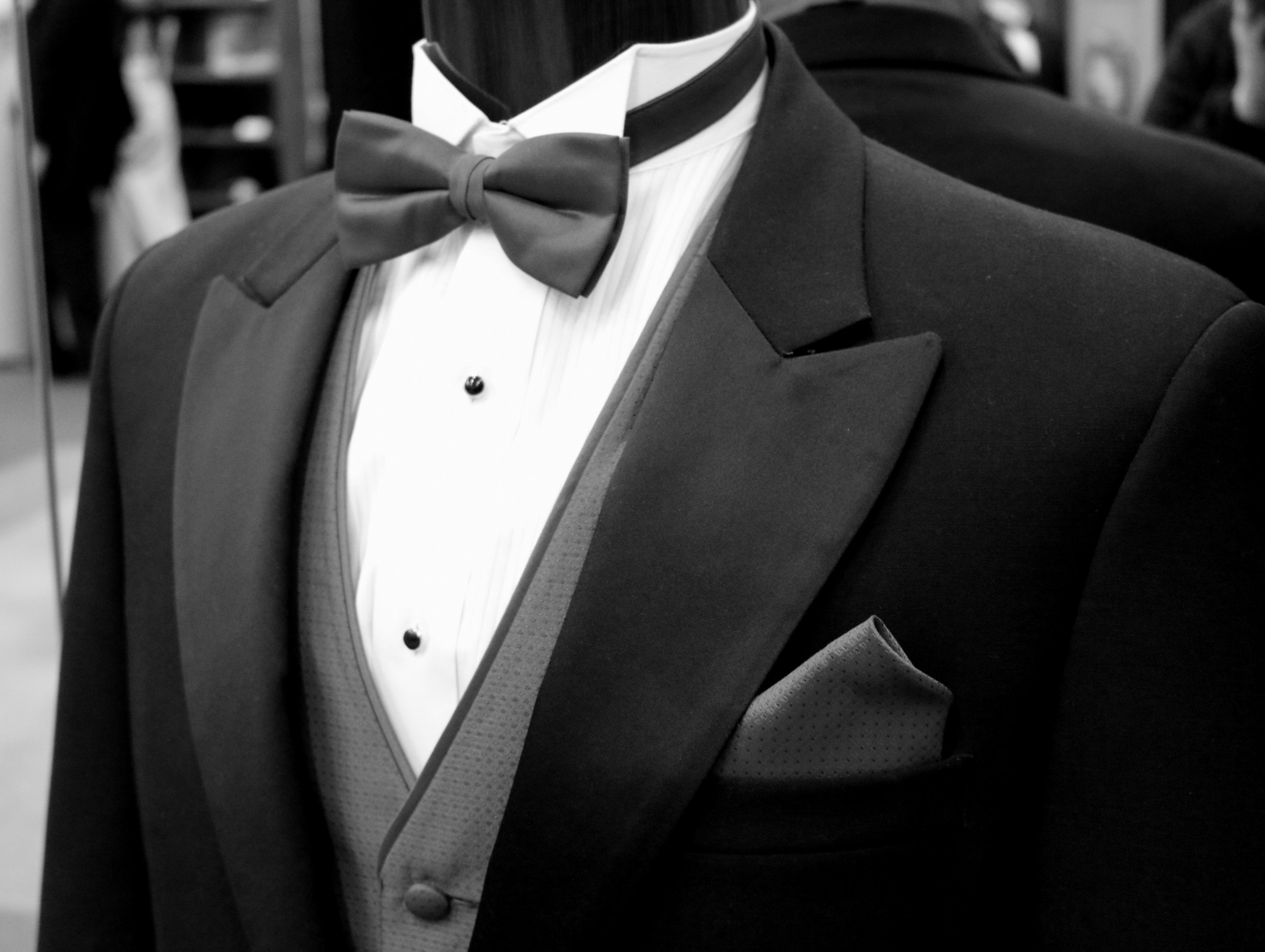 wedding tuxido